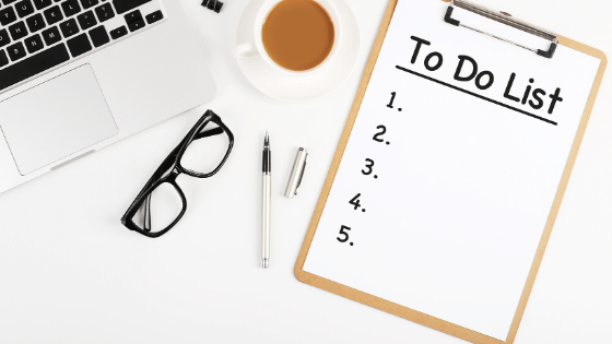 A to-do list is the perfect way to follow your perfect blogging schedule